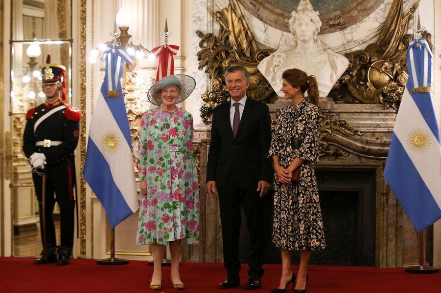 La reine Margrethe II de Danemark avec le président argentin Mauricio Macri et sa femme à Buenos Aires, le 18 mars 2019