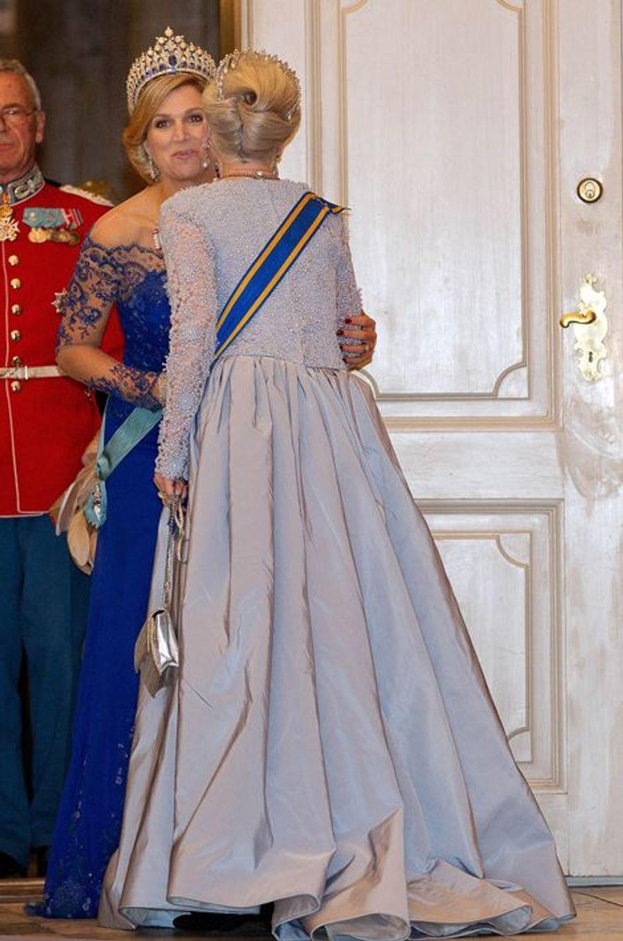 La reine Maxima des Pays-Bas avec la reine Margrethe II de Danemark à Copenhague, le 17 mars 2015