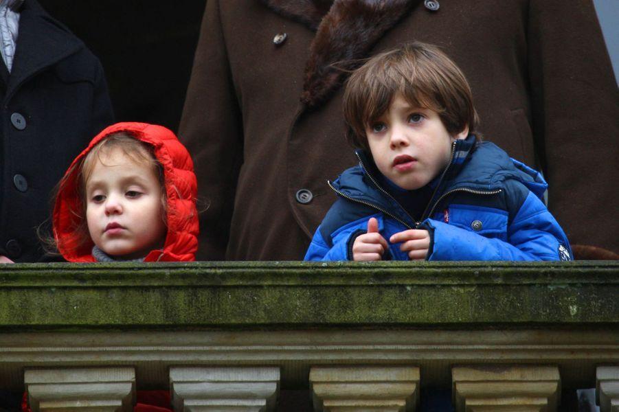 Le prince Henrik de Danemark avec sa soeur la princesse Athena, le 6 novembre 2016