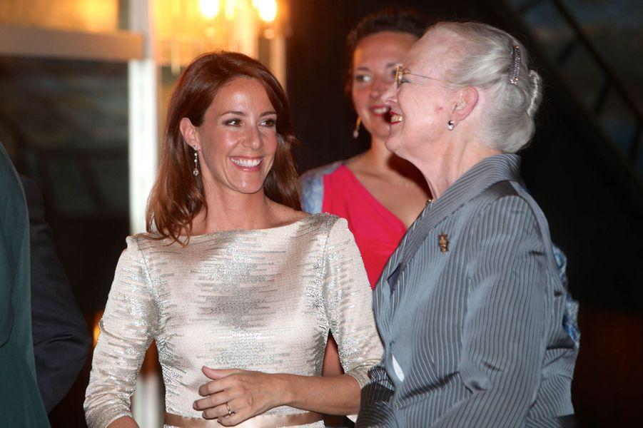 La princesse Marie et la reine Margrethe II de Danemark à Copenhague, le 20 mai 2016