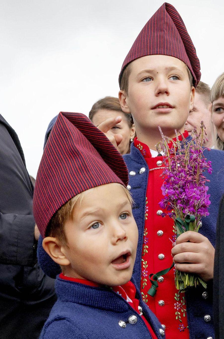 Les princes Christian et Vincent de Danemark aux îles Féroé, le 24 août 2018