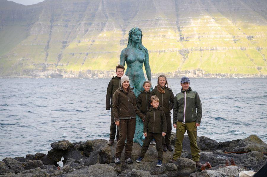 La princesse Mary et le prince Frederik de Danemark avec leurs enfants aux îles Féroé, le 24 août 2018