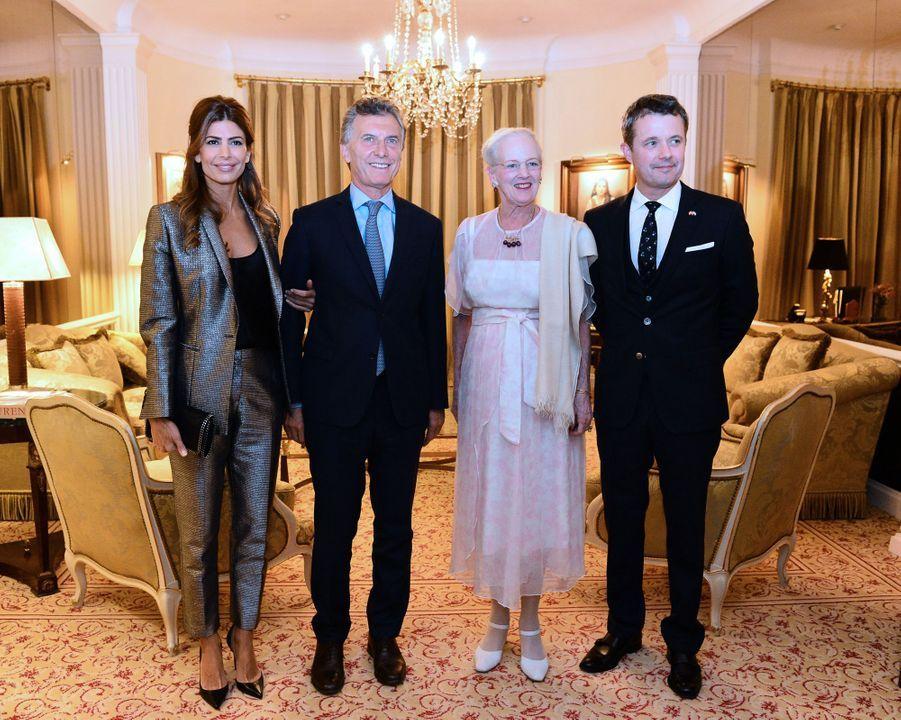 La reine Margrethe II et le prince Frederik de Danemark avec le couple présidentiel d'Argentine à Buenos Aires, le 18 mars 2019