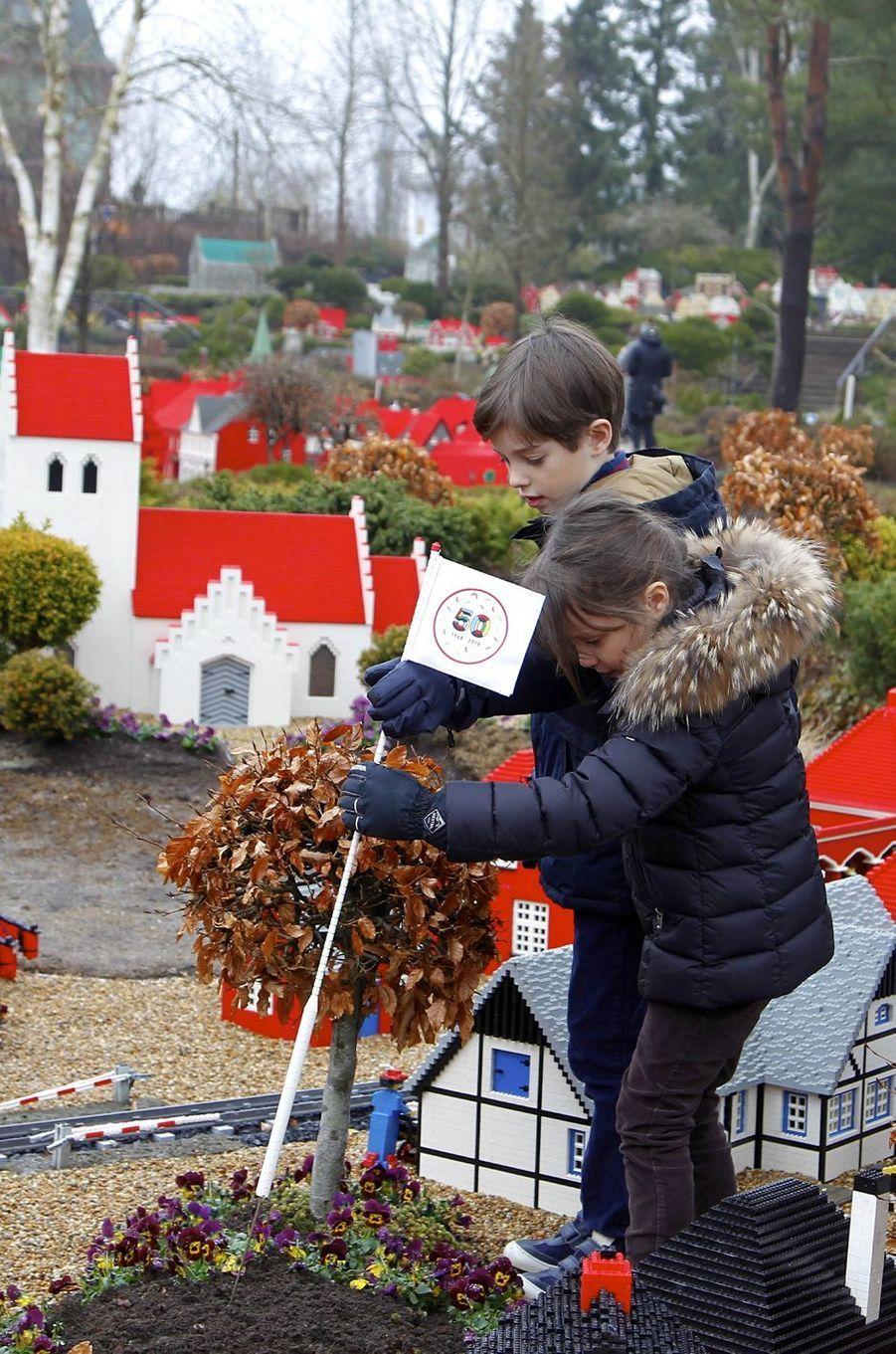 Le prince Henrik et la princesse Athena de Danemark au Legoland Billund, le 24 mars 2018