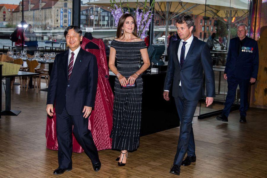 La princesse Mary et le prince Frederik de Danemark avec le prince Naruhito du Japon à Copenhague, le 16 juin 2017