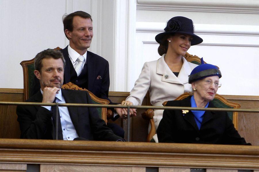La famille royale de Danemark à la rentrée du Parlement à Copenhague, le 3 octobre 2017