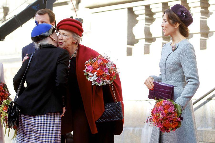 La reine Margrethe II de Danemark et les princesses Benedikte et Mary à Copenhague, le 3 octobre 2017