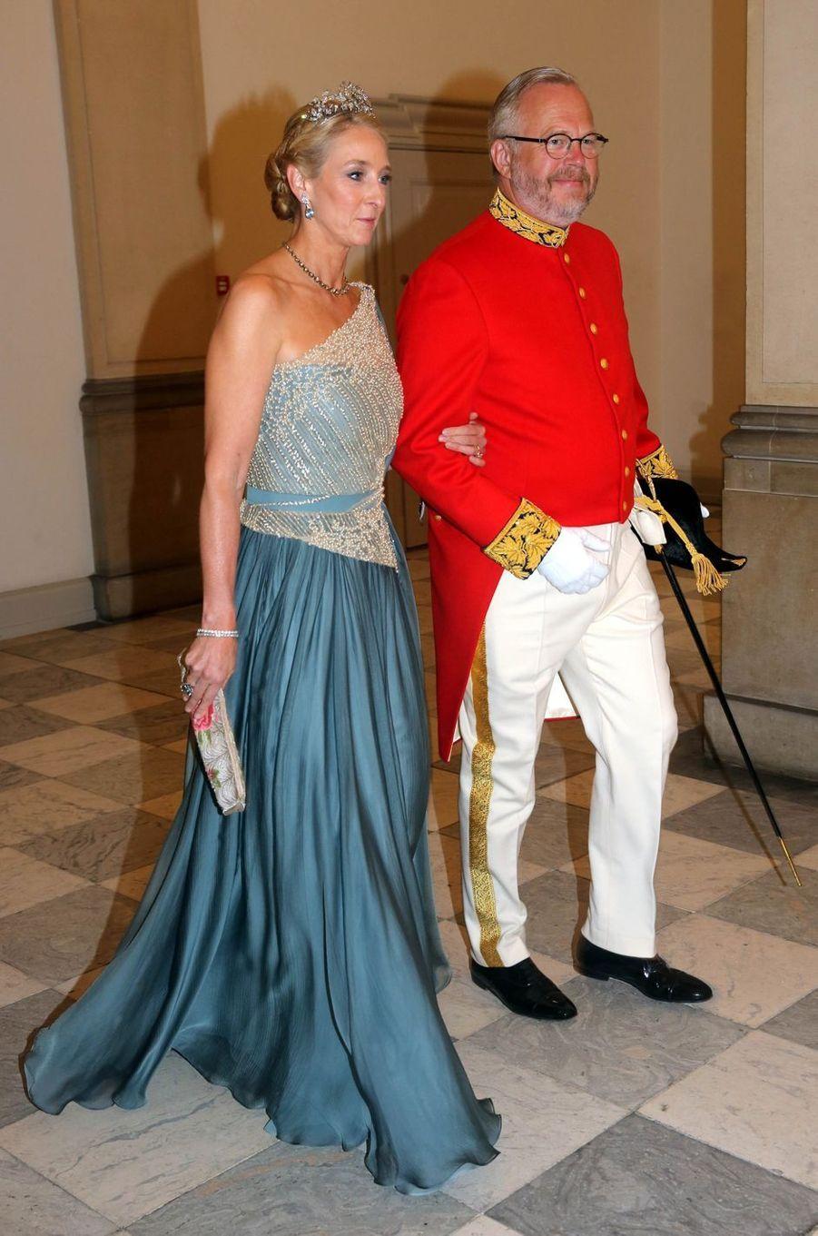 La princesse Alexandra (fille de la princesse Benedikte de Danemark) et son ami le conte Michael Ahlefeldt-Laurvig à Copenhague, le 26 mai 2018
