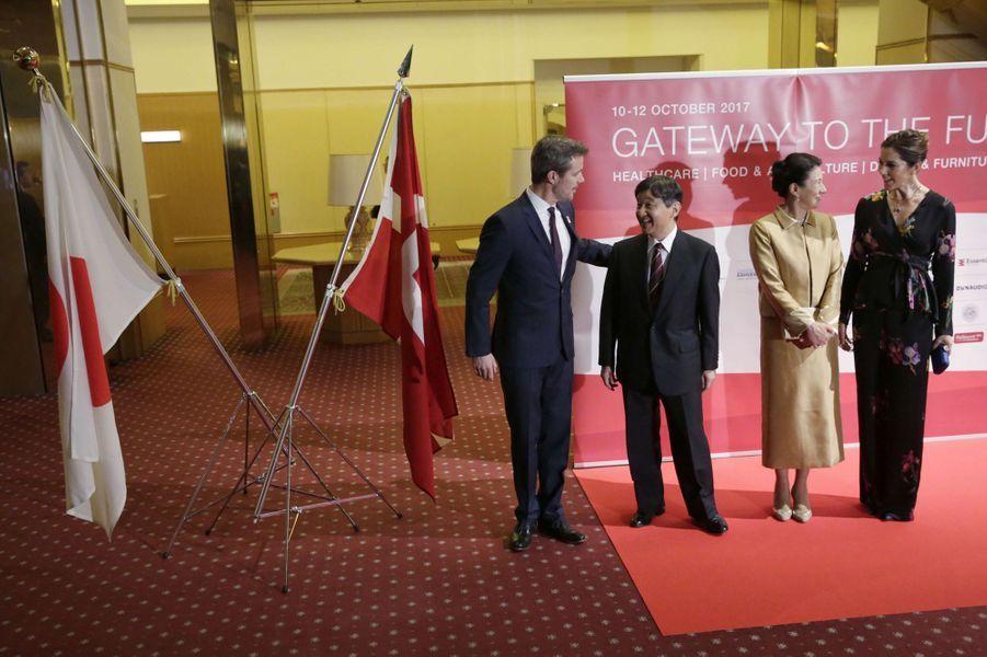 Le prince Frederik et la princesse Mary de Danemark avec le prince Naruhito et la princesse Masako du Japon à Tokyo, le 12 octobre 2017