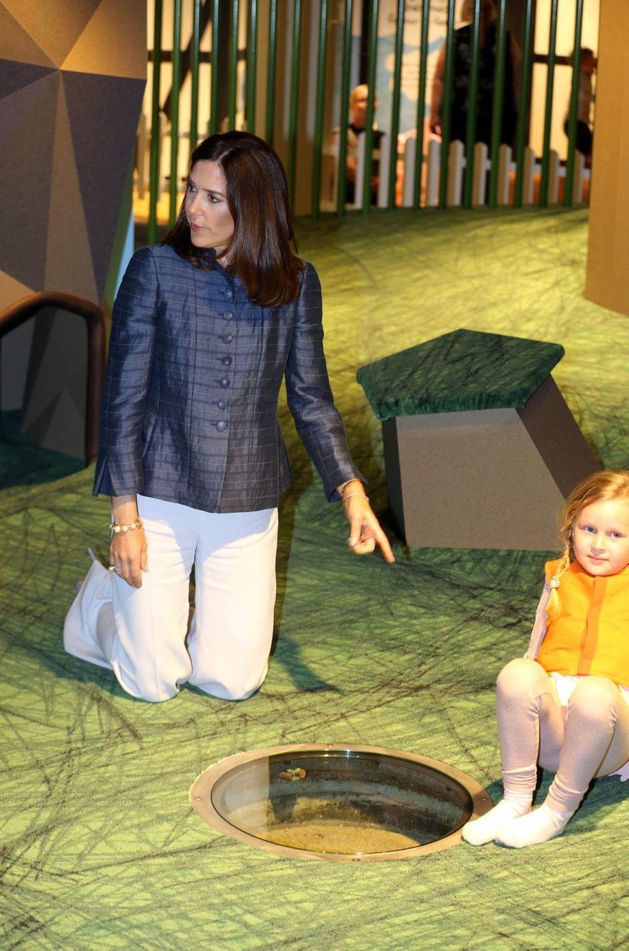 La princesse Mary de Danemark à Hellerup, le 19 avril 2018