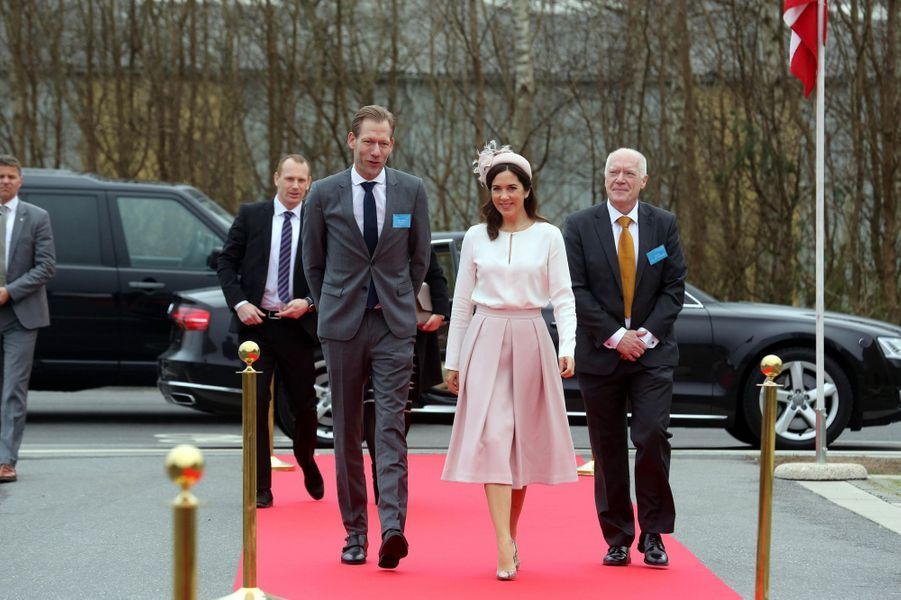 La princesse Mary de Danemark à son arrivée à Slagelse, le 17 avril 2018