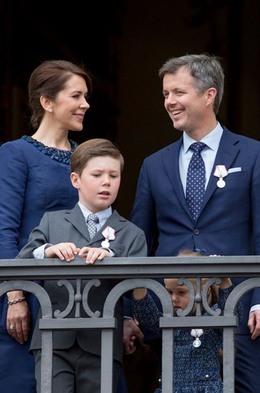 Le prince Christian de Danemark avec ses parents le 16 avril 2015
