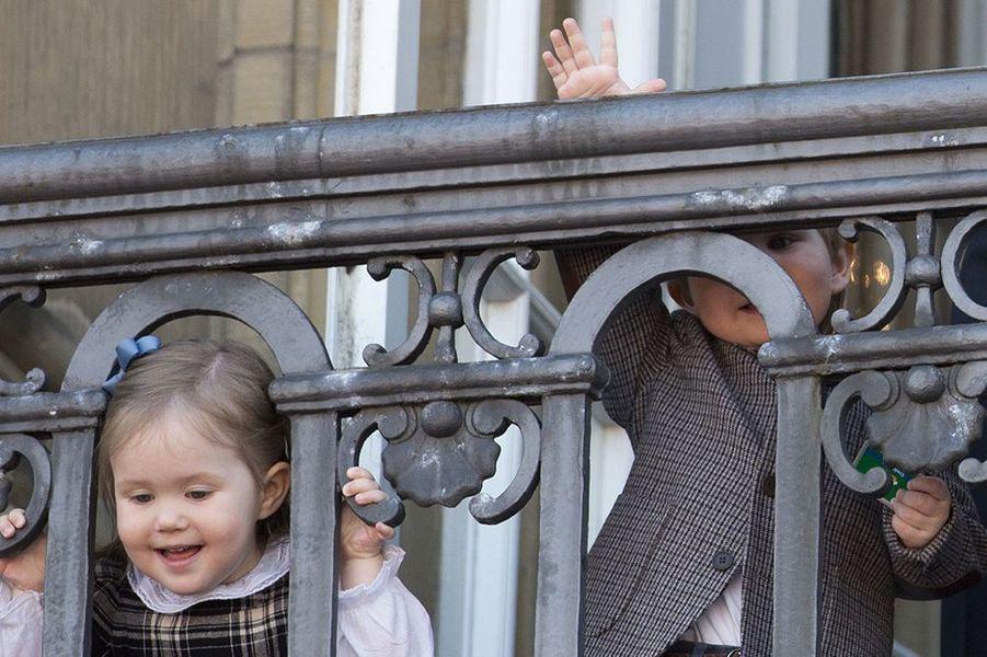 Les jumeaux du Danemark, la princesse Joséphine et le prince Vincent, en avril 2013