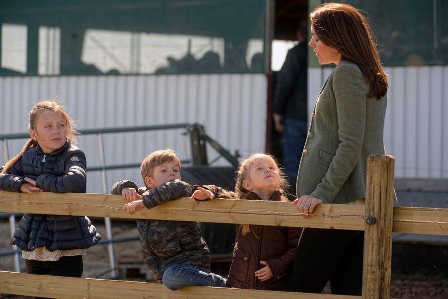 Les jumeaux du Danemark, la princesse Joséphine et le prince Vincent, en avril 2015