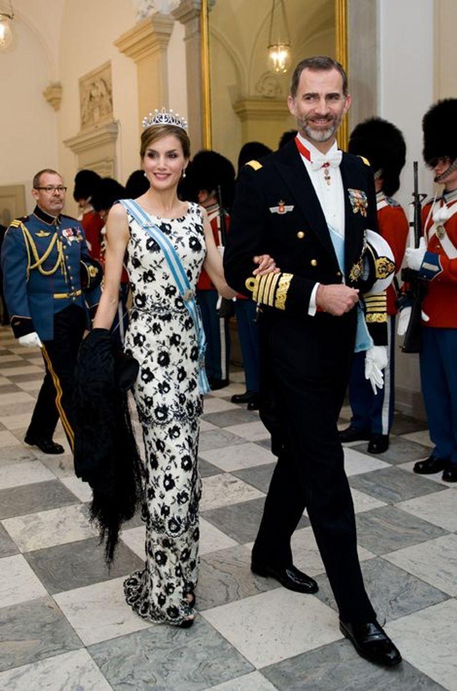 Le roi Felipe d'Espagne et la reine Letizia à Copenhague, le 15 avril 2015