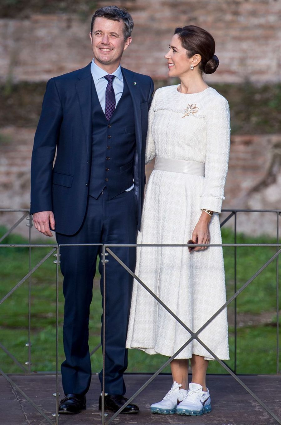 La princesse Mary de Danemark, en baskets, à Rome le 6 novembre 2018