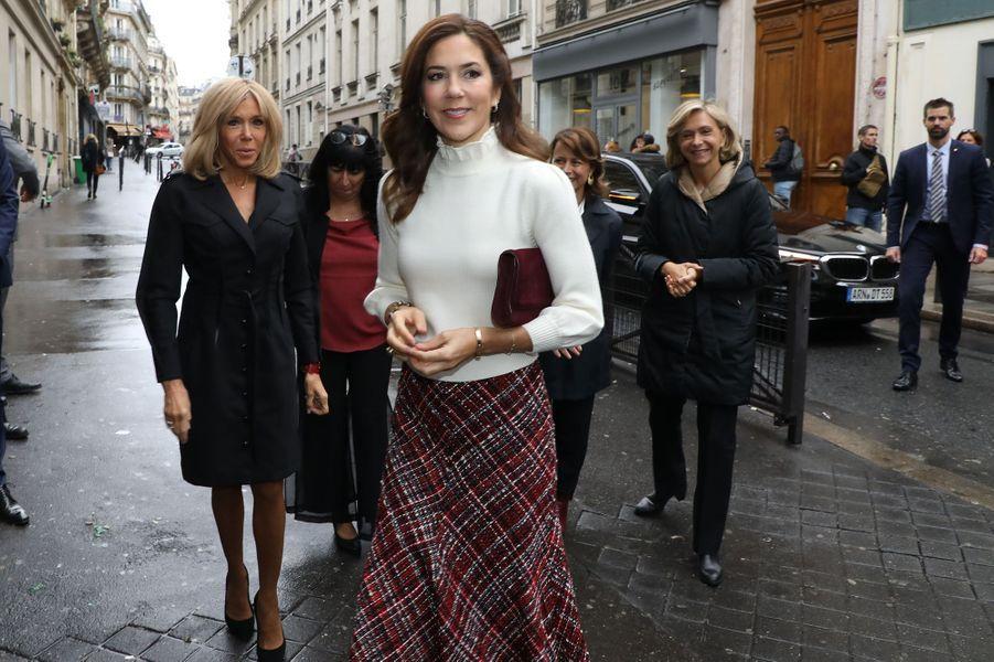 La princesse Mary de Danemark et Brigitte Macron à Paris, le 9 octobre 2019