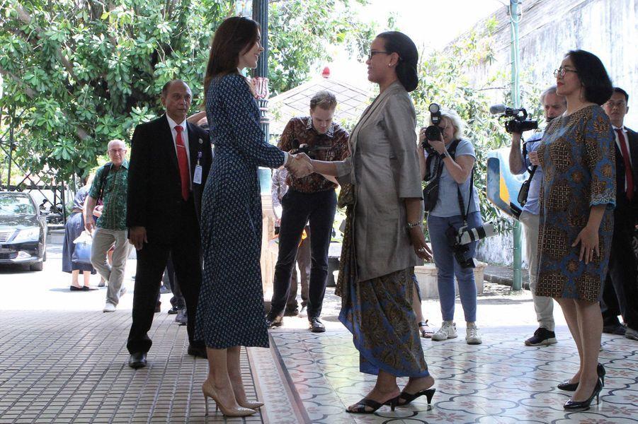 La princesse Mary de Danemark avec la princesse héritière Mangkubumi à Yogyakarta, le 4 décembre 2019