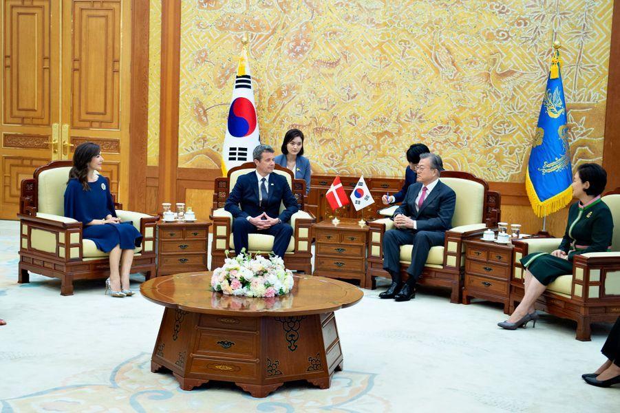 La princesse Mary de Danemark avec le président de la Corée du Sud et sa femme, le 20 mai 2019