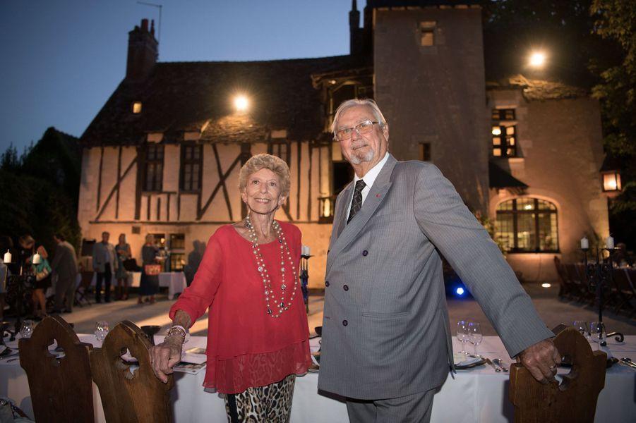 Le prince Henrik de Danemark avec Hélène Carrère d'Encausse au château du Clos Lucé, le 27 août 2016