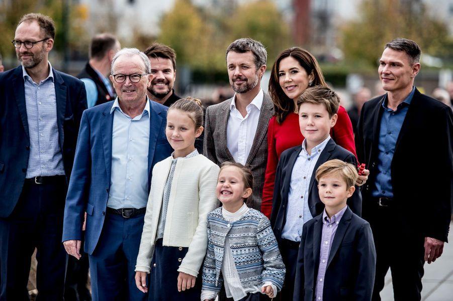 La princesse Mary et le prince Frederik de Danemark avec leurs enfants à Billund, le 28 septembre 2017