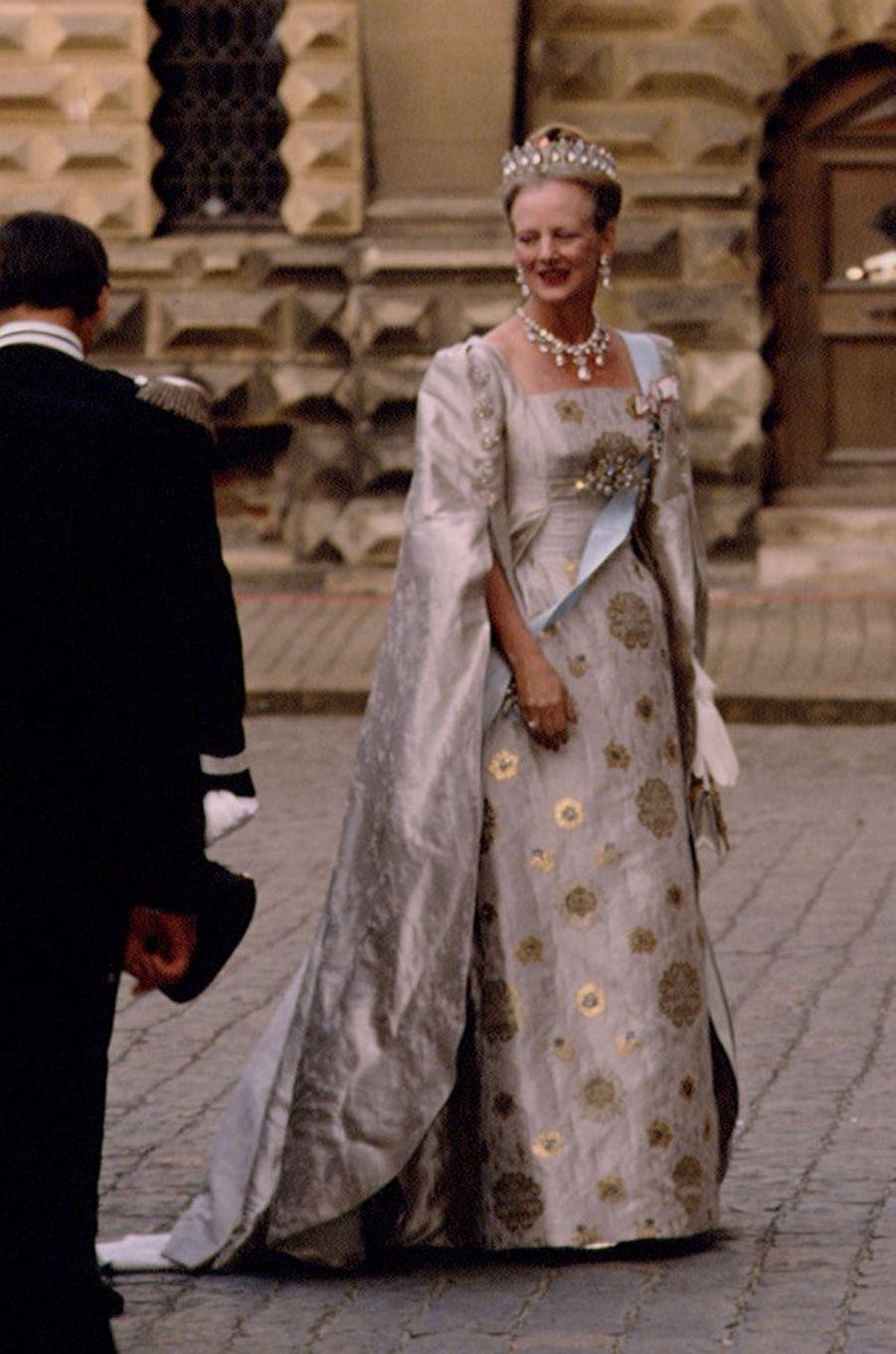 La reine Margrethe II de Danemark lors de ses noces d'argent avec le prince consort Henrik, le 9 juin 1992