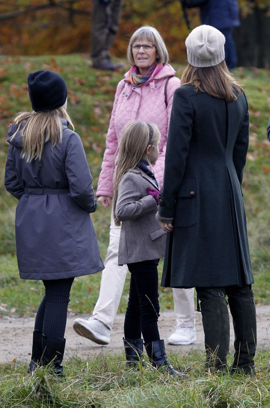 La princesse Mary de Danemark et ses filles à Klampenborg, le 5 novembre 2017