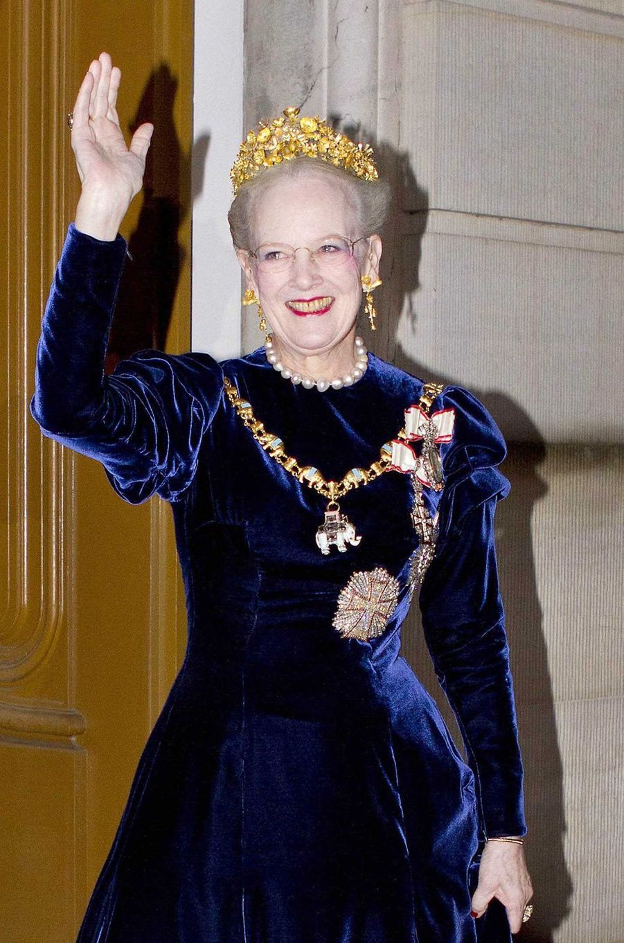 La reine Margrethe II de Danemark coiffée de son diadème Naasut, le 1er janvier 2013