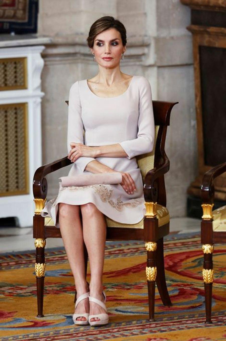 La reine Letizia d'Espagne au Palais royal de Madrid, le 19 juin 2015