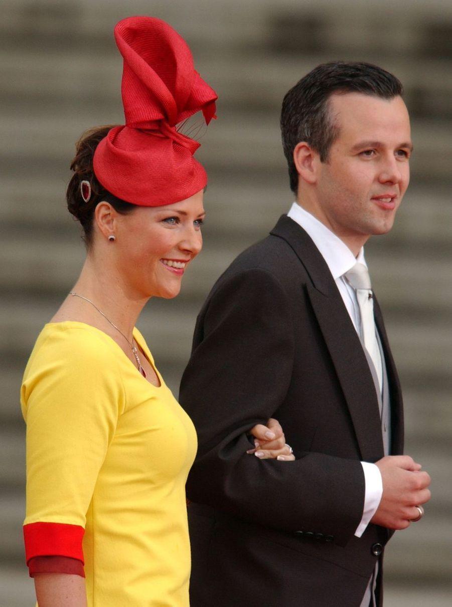 La princesse Märtha Louise de Norvège et son mari Ari Behn à Madrid, le 22 mai 2004