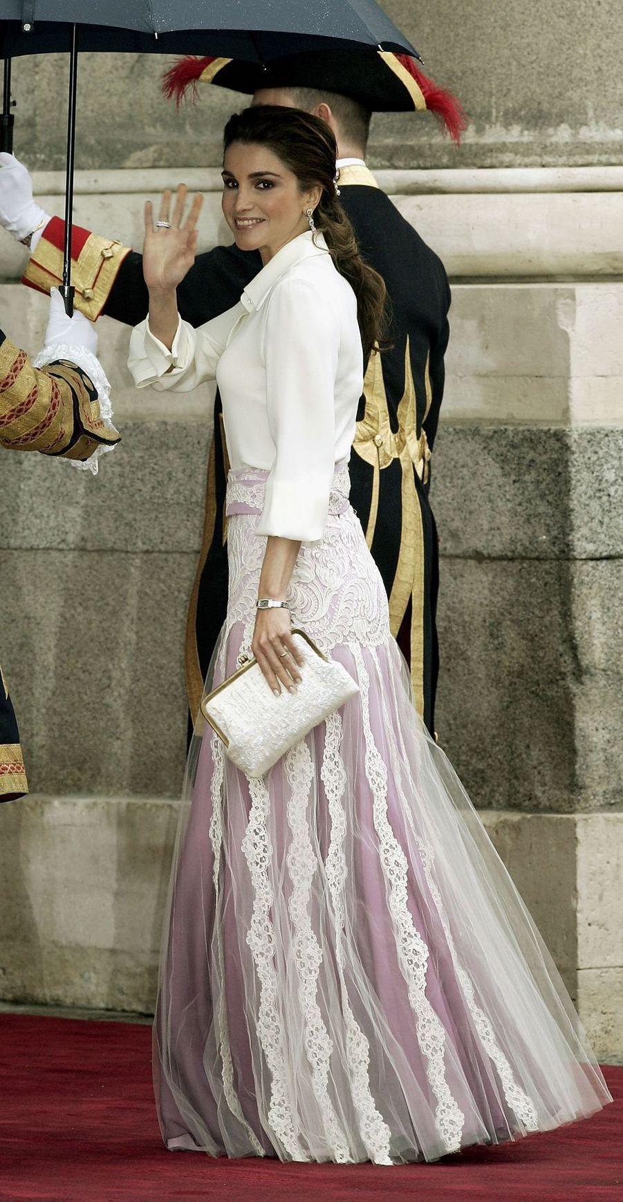 La reine Rania de Jordanie à Madrid, le 22 mai 2004