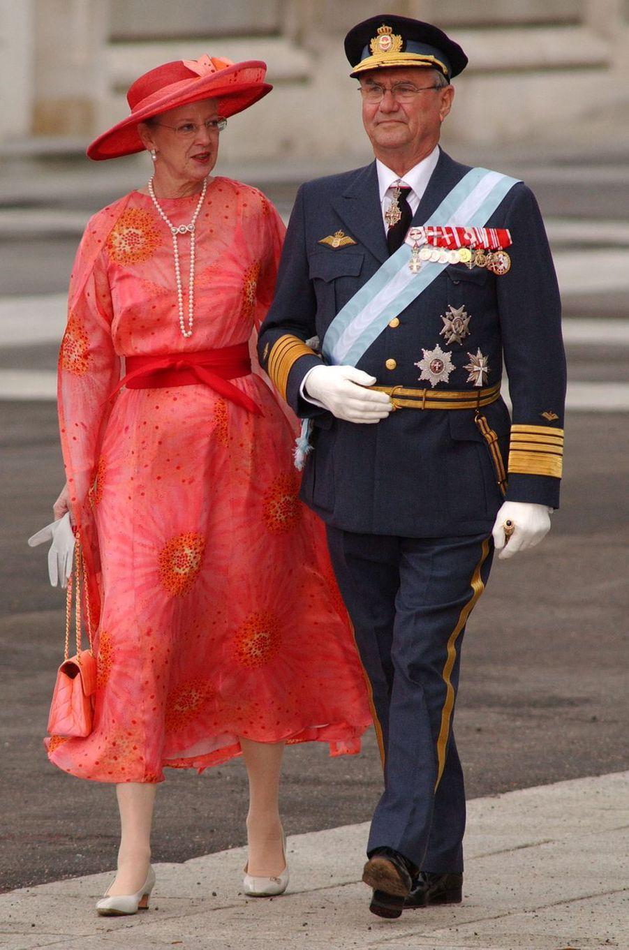 La reine Margrethe II de Danemark et le prince consort Henrik à Madrid, le 22 mai 2004