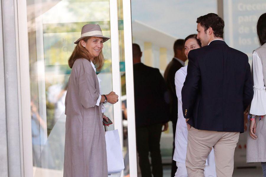 La princesse Elena d'Espagne et ses enfants Felipe et Victoria Federika de Marichalar à Madrid, le 27 août 2019
