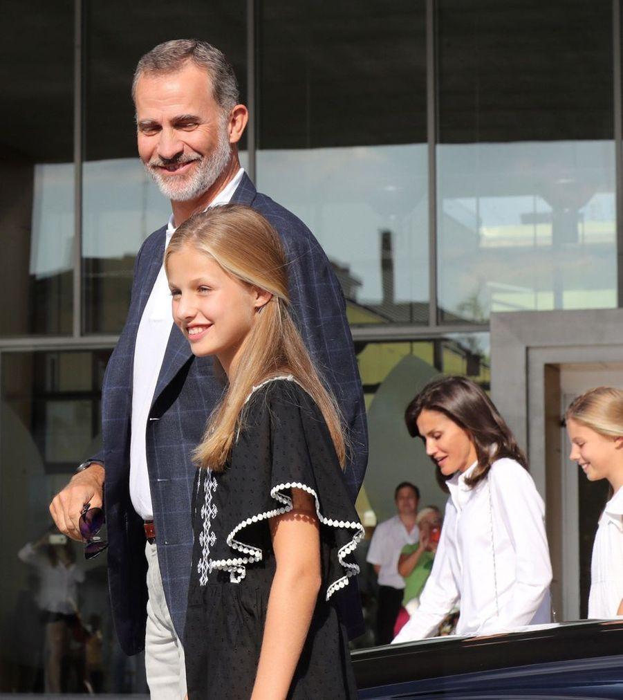 La reine Letizia et le roi Felipe VI d'Espagne avec les princesses Sofia et Leonor à Madrid, le 27 août 2019