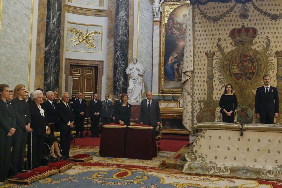 La famille royale d'Espagne dans la chapelle du Palais royal à Madrid, le 11 mai 2017
