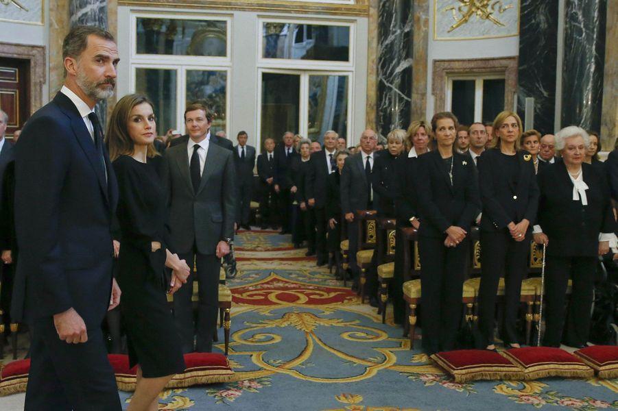 Le roi et la reine Letizia d'Espagne et les infantes Elena, Cristina et Pilar à Madrid, le 11 mai 2017