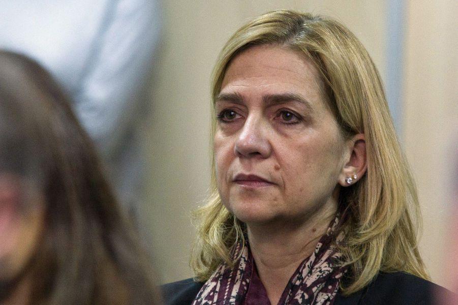 La soeur du roi d'Espagne au tribunal