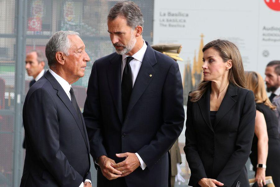 Le président du Portugal,Marcelo Rebelo de Sousa, avec le couple royal.