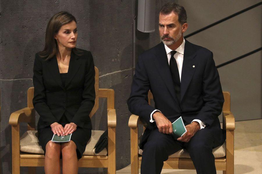 Le roi Felipe VI et la reine Letizia durant la cérémonie, dimanche à Barcelone.