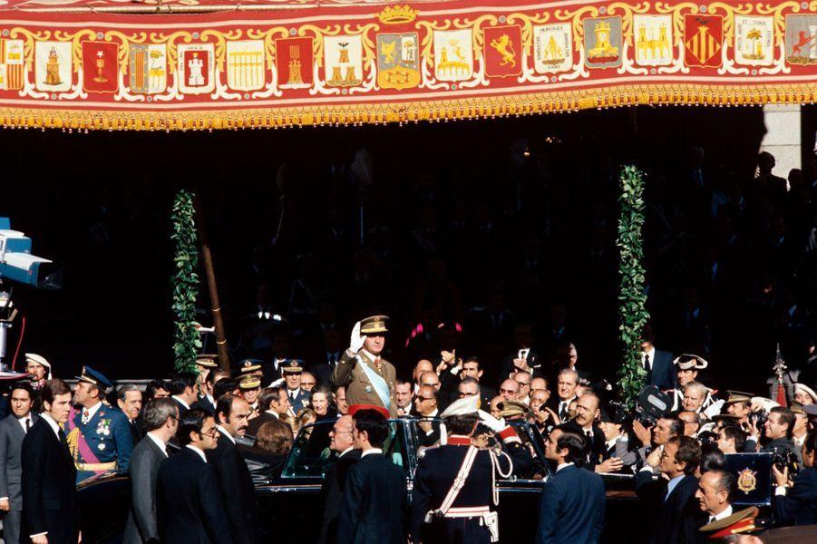Le roi Juan Carlos d'Espagne à Madrid, le 22 novembre 1975