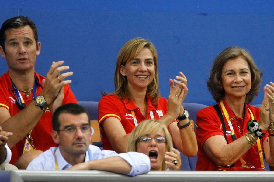 Inaki Urdangarin et la princesse Cristina d'Espagne avec la reine Sofia, le 16 août 2008