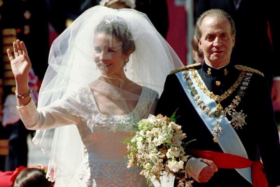 Le roi Juan Carlos Ier d'Espagne avec sa fille aînée la princesse Elena, le 18 mars 1995