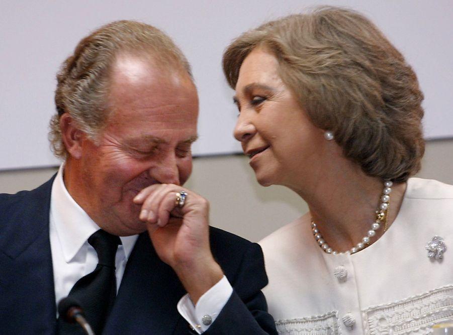 La reine Sofia et le roi Juan Carlos d'Espagne, le 28 novembre 2000