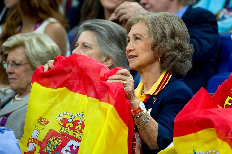 La reine Sofia d'Espagne et sa soeur la princesse Irene de Grèce, le 12 août 2012