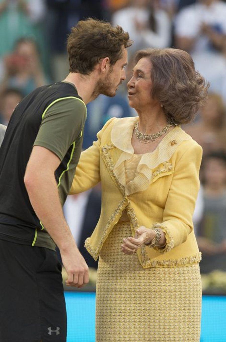 L'ex-reine Sofia sacre Murray