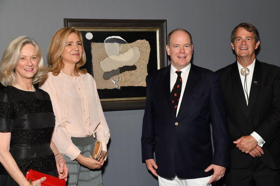 L'infante Cristina d'Espagne et le prince Albert II de Monaco à l'exposition Dali à Monaco, le 5 juillet 2019