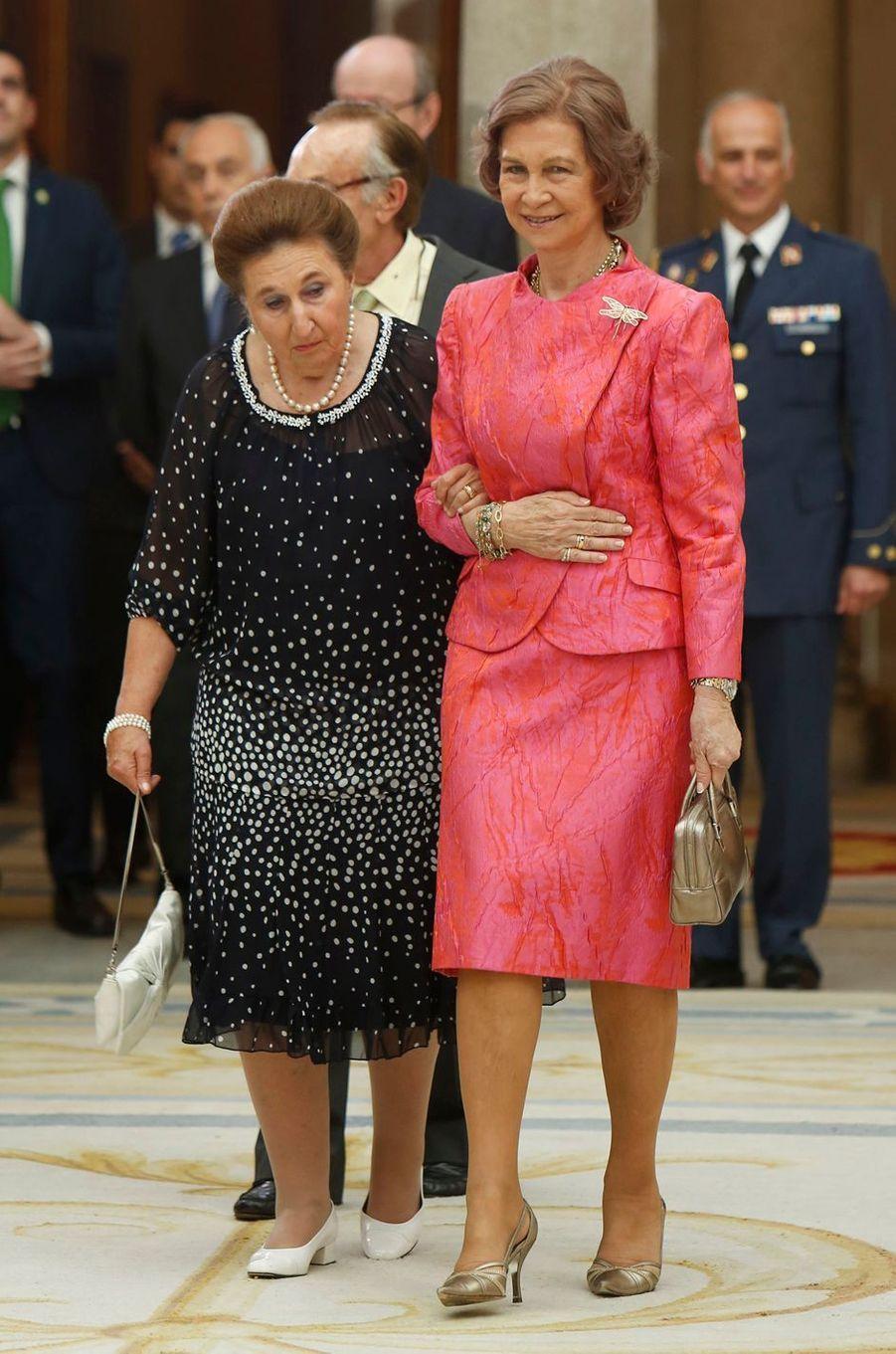 L'infante Margarita d'Espagne avec sa belle-soeur la reine Sofia, le 13 juin 2013