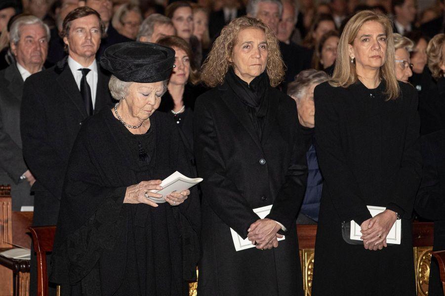 L'ex-reine Beatrix des Pays-Bas et les infantes Elena et Cristina d'Espagne dans la basilique du monastère royal de San Lorenzo de El Escorial, le 29 janvier 2020