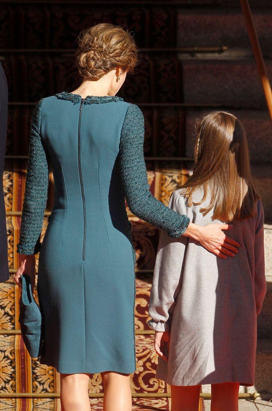 La reine Letizia et la princesse Sofia d'Espagne à Madrid, le 17 novembre 2016