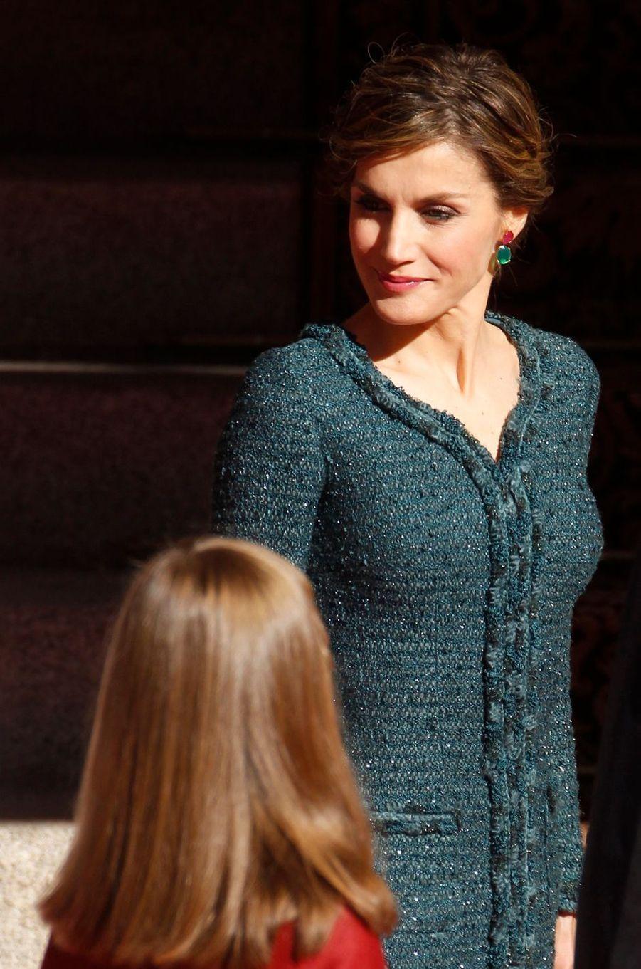 La reine Letizia et la princesse Leonor d'Espagne à Madrid, le 17 novembre 2016